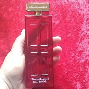 Elizabeth Arden Makeup - Elizabeth Arden Red Door